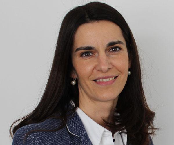 Bettina Szedenik